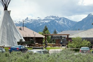 Dornan's Resort - Grand Teton National Park : Full service resort with cabin rentals nestled beneath the Tetons in Grand Teton National Park. Resort includes sports shop, restaurant, wine cellar, full grocery and deli.