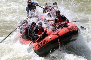 Jackson Hole Whitewater & Scenic Floats :: Voted #1 rafting company by Jackson Hole locals! Offering sunrise & lunch scenic float trips on a 13 mile stretch of the Snake River. Book online, walk-ups welcome!