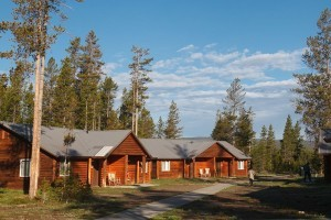 Headwaters campground at flagg ranch grand teton national for Cabins in wyoming near yellowstone