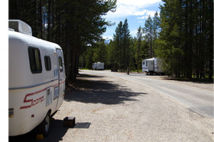 Colter Bay Village RV and Campground : The ultimate experience! Whether by tent, RV or sleeping under the stars, enjoy Teton sunsets on the shores of Jackson Lake.