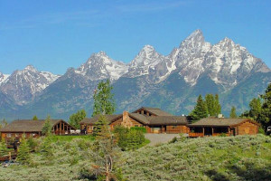 Lost Creek Ranch & Spa :: Exquisite Dude Ranch amidst the backdrop of the Teton Range. Rustic cabin accommodations, fine cuisine, premier spa, horseback riding, fly fishing, & more!  Wyoming's finest!