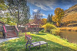 Inn on the Creek | in-town creekside lodging