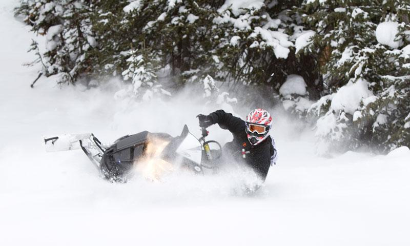 Snowmobiling at Togwotee Pass